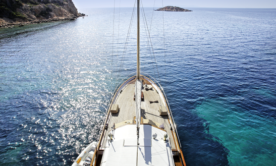 36ft Cruising Monohull Boat Charter In Mykonos Island, Greece