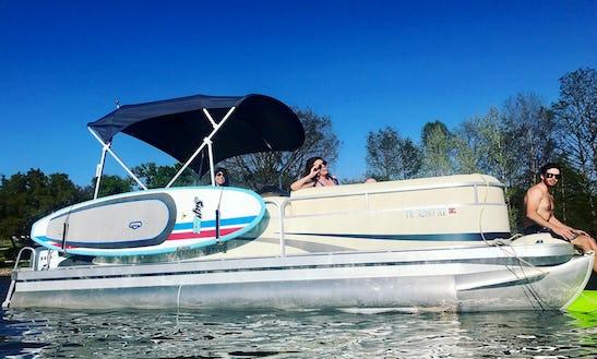 Experience Lake Austin On 23' Bennington Pontoon With Captain Cole