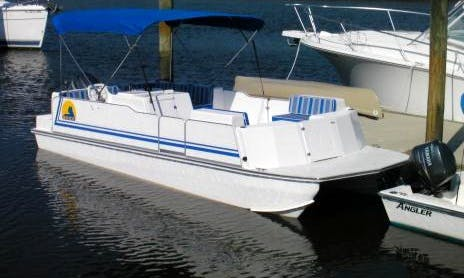 Ride the 23' Deck Boat in Fernandina Beach, Florida