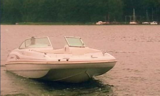 Rent A Deck Boat In Mikołajki, Warmińsko-mazurskie