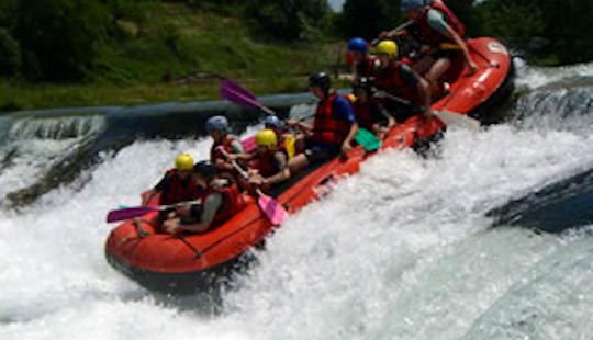 Enjoy Rafting In Oloron-sainte-marie, France