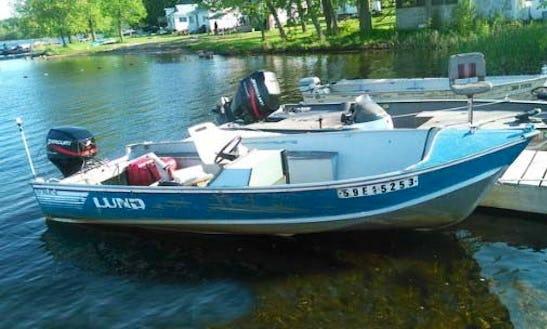 Enjoy The 16ft Lund Boat In Ennismore, Ontario