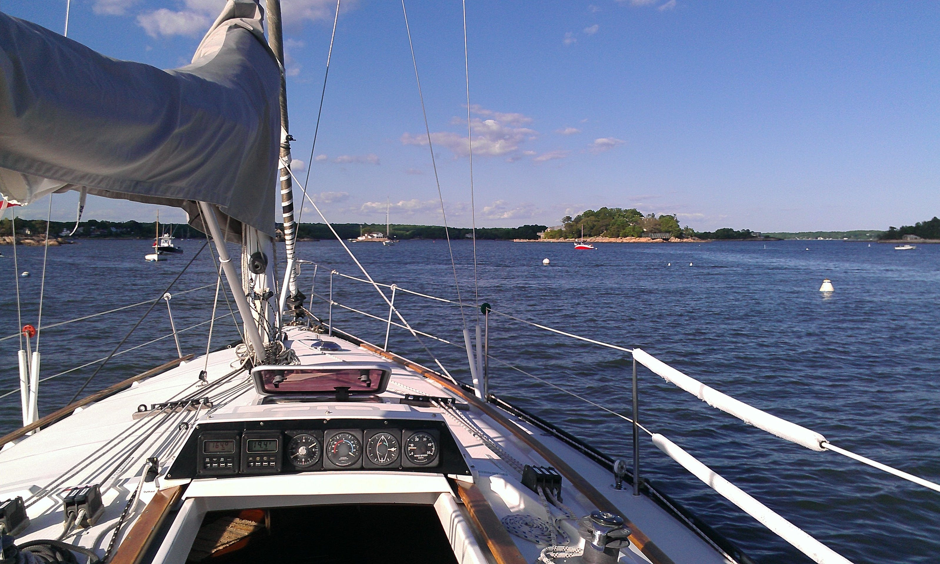 """Sailing on """"Nomade"""" Yacht in the Thimble Islands, Connecticut"""