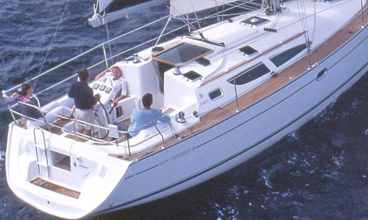 Charter 35' Cruising Monohull in Balatonfüred, Hungary