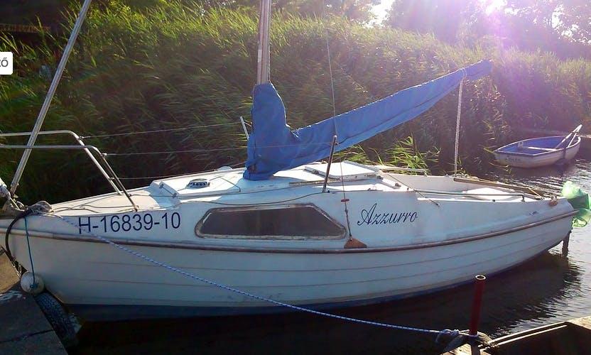 Rent 18' Cruising Monohull in Velence, Hungary