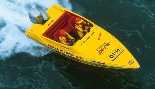 Powerboat Taster Session In Southampton, England