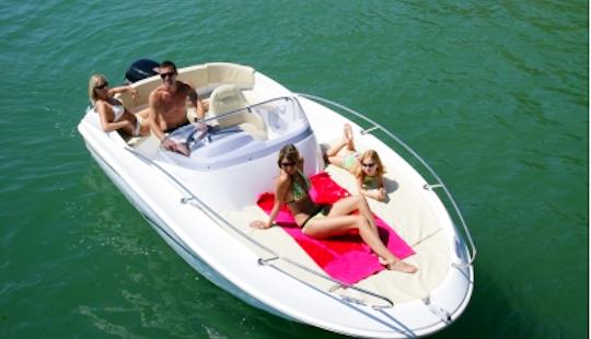 Rent 18' Beneteau Flyer 550 Sun Deck 941 Ml Bowrider In Mali Lošinj, Croatia