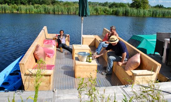 Rent A Pontoon In Lijnden, Noord-holland