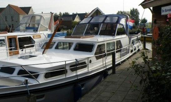 Charter 46' My Juwenta Motor Yacht In Workum, Friesland