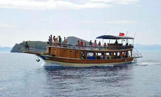 Charter A 50 Person Gulet In Muğla, Turkey For Island Hopping Fun
