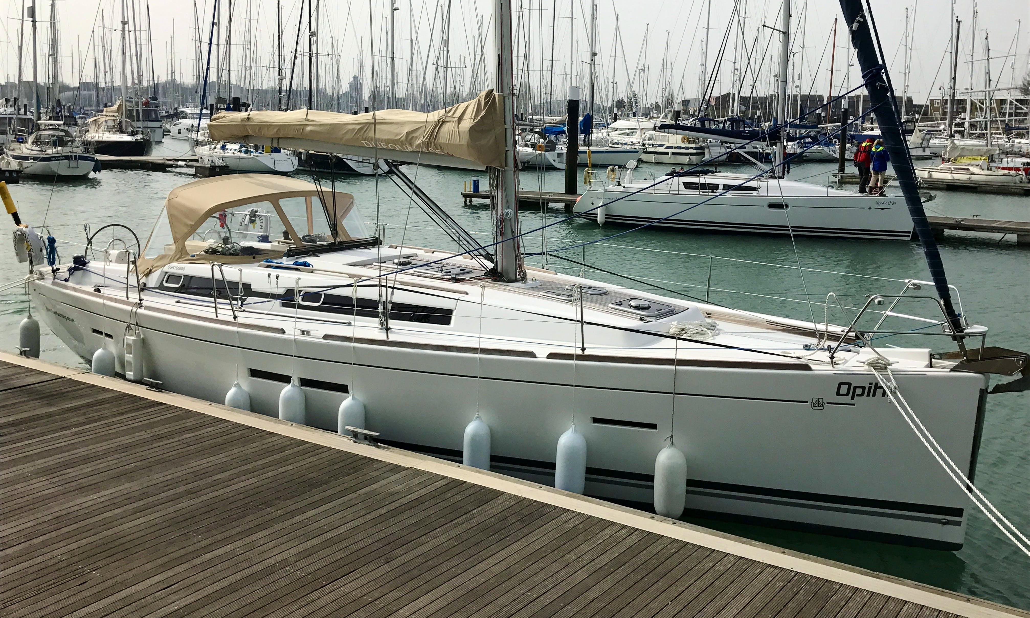 Charter 40' Opihr Cruising Monohull in Gosport, England