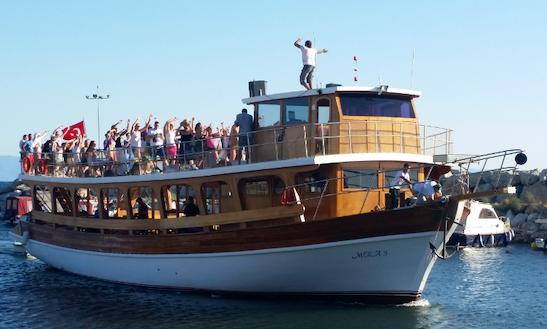 Charter Mira 3 Passenger Boat In Izmir, Turkey