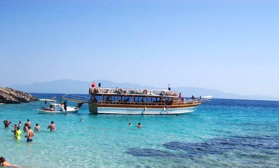 Charter A Motor Yacht In Mugla, Turkey