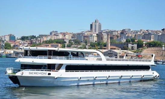 Enjoy Sightseeing In Istanbul, Turkey On Seremon Passenger Boat