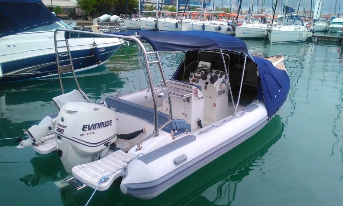 Rent the 12 People Inflatable Speedboat in Lefkada