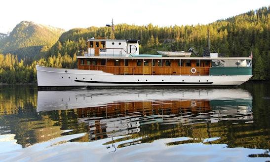 87' Power Mega Yacht Charter In Seattle, Washington