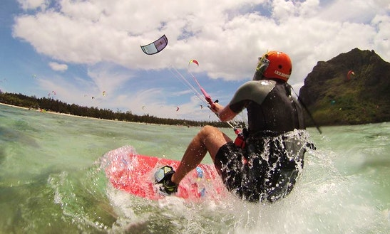 Enjoy Kitesurfing Lessons In Le Morne, Mauritius