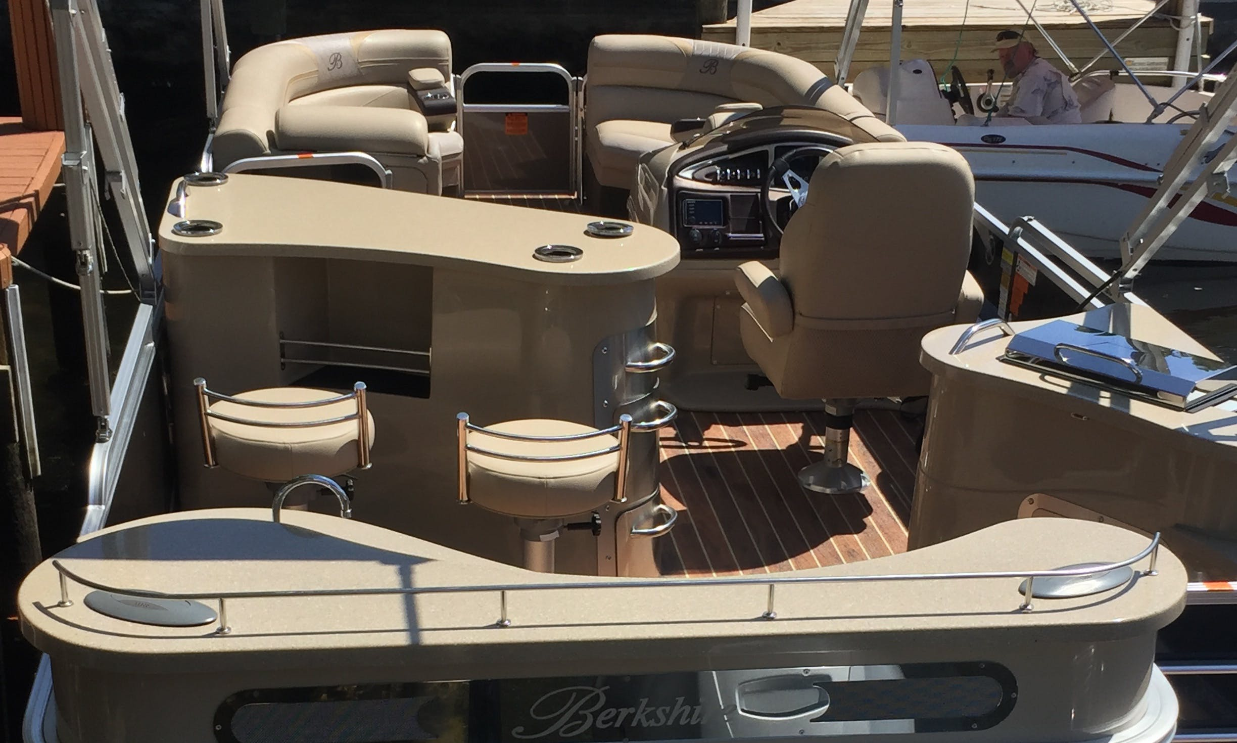 "25ft ""Bar Boat"" Berkshire Pontoon Rental In Manors, Florida"