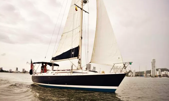 Charter 35ft Beneteau Sailboat In Cartagena, Colombia