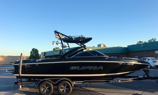 Supra Sunsport 22v On Lake Norman