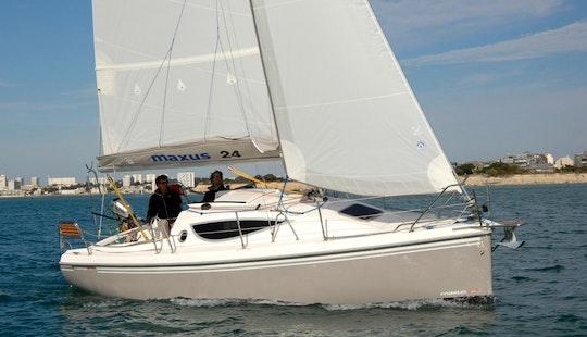 Charter 26' Maxus 24 Zeiljacht Cruising Monohull In Grou, Netherlands