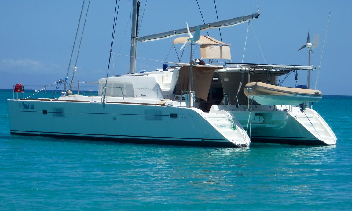 "Crewed Charter on ""Sonrisa"" Lagoon 440 Catamaran in Baja California Sur ( Captain Included )"