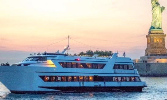 Private Cruises On 125ft