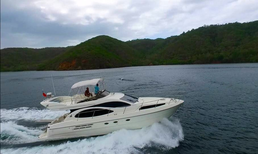 Get this 48' Italian Cruiser with Captain for a few hours.