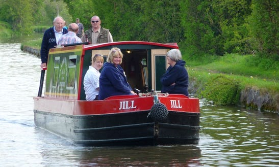 Hire Jill Canal Boat In Skipton, England