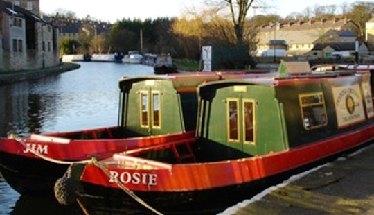 Hire Jim Canal Boat In Skipton, England
