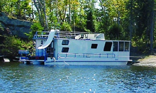 Rent The 48' Statesman Houseboat In International Falls, Minnesota