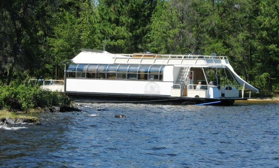 Rent The 55ft Aurora Luxury Houseboat In International Falls, Minnesota