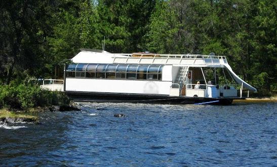 Rent The 55ft Aurora Luxury Houseboat In International Falls, Minnesota