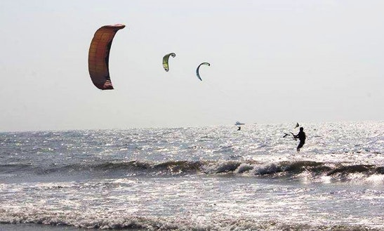 Enjoy Kitesurfing Lessons In Morjim, Goa