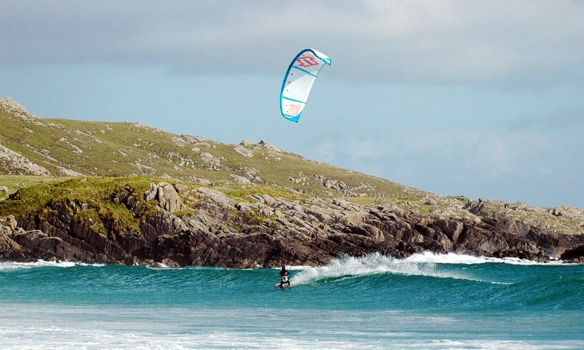 Kitesurfing Lessons for All Level in Balevullin, Scotland
