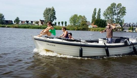 Rent 23' Twitter Inborad Propulsion In Sneek, Friesland