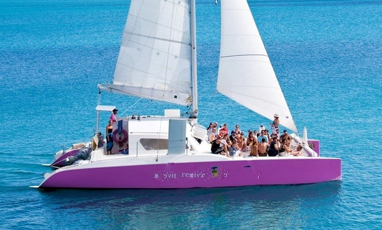 48ft Day Charter Cruising Catamaran Boat Charter In Sandys, Bermuda