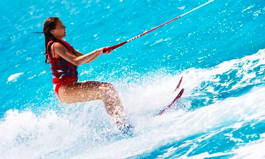 Enjoy Waterskiing In Noord, Aruba