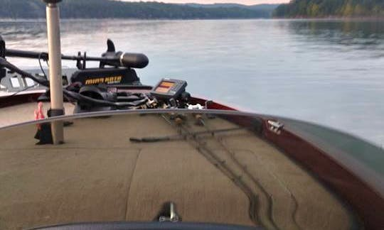 Enjoy Fishing on Table Rock Lake on Ranger 20 Boat with Captain Glenn