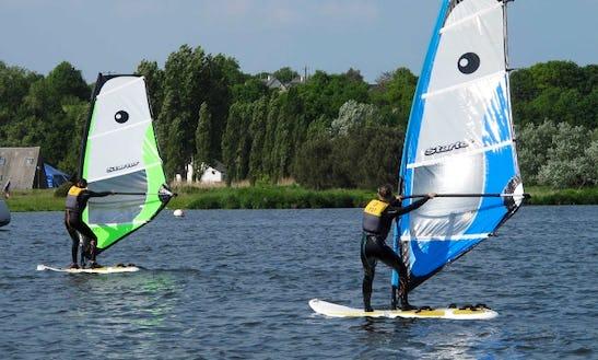 Enjoy Windsurfing Courses In Arzal, France