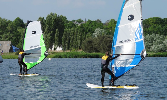 Enjoy Windsurfing Courses In Arzal, France