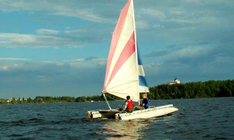 16' Prostor Catamaran Rental in Istra, Moscow Oblast'