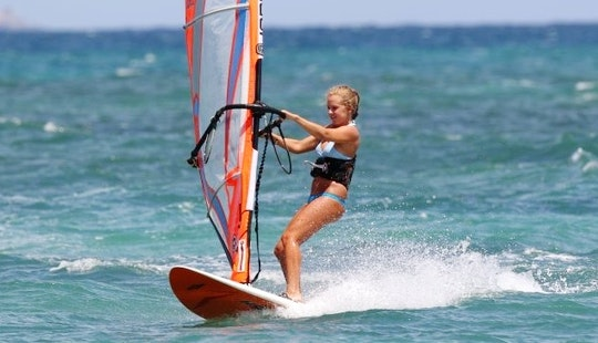 Enjoy Windsurfing Lessons In San-nicolao, France