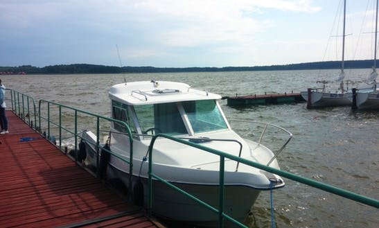 Rent 21 Quicksilver Motor Yacht In Kolonia Rybacka, Poland