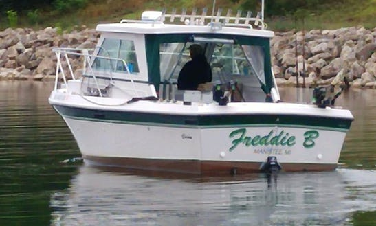Sport Fisherman Fishing Charter In Manistee