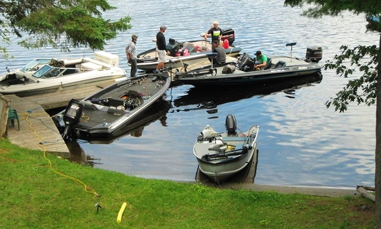 14' Starcraft Bass Boat Fishing Boat In Greater Madawaska, Ontario
