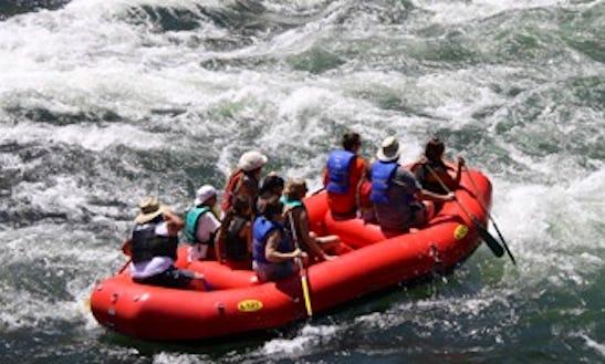 Rent Self Bailing Raft In Shady Cove, Oregon