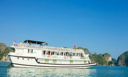 Enjoy Cruising In Thành Phố Hạ Long, Vietnam On 123' Lemon Passenger Boat