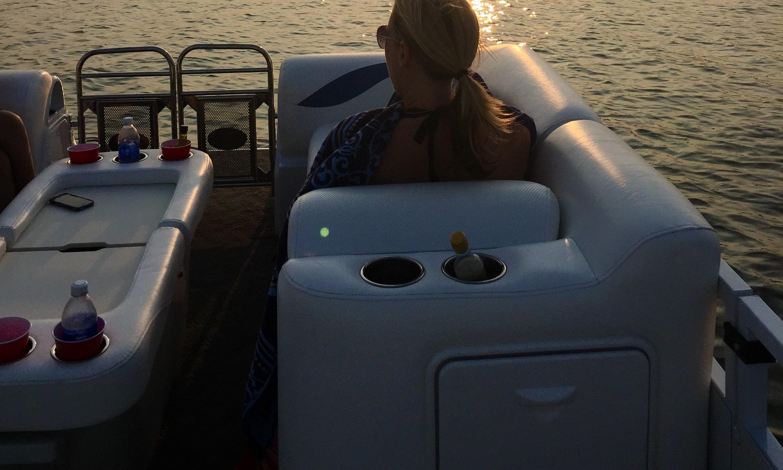 23 Jc Sporttoon Tritoon Boat Rental Torch Lake Michigan