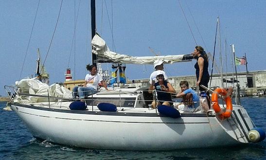 Sailing Excursion Aboard  26' Nautilus Sailboat In Palermo, Sicilia